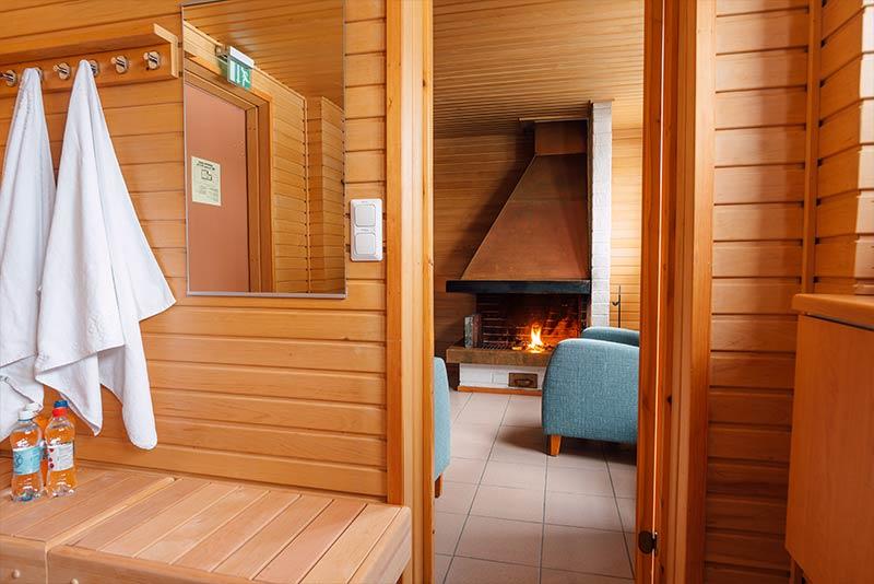 sauna pukuhuone hotellikumpu outokumpu